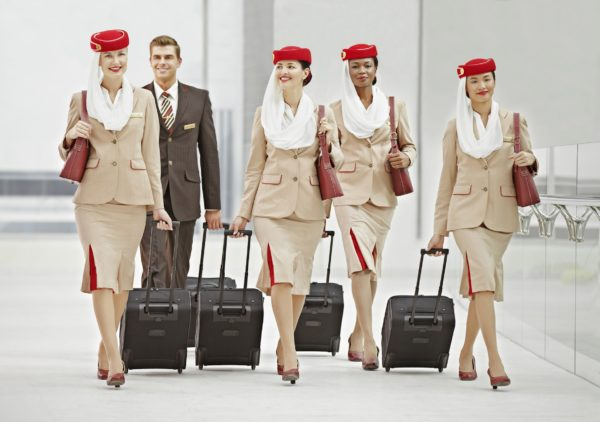 emirates tripulante de cabina