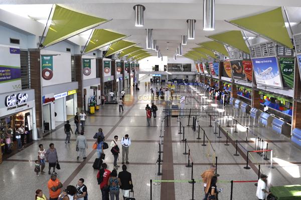Aeropuerto-Internacional-Las-Americas