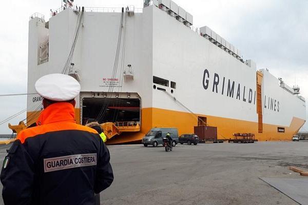 Grimaldi obtiene su primer Car & Truck Carrier para transporte de vehículos
