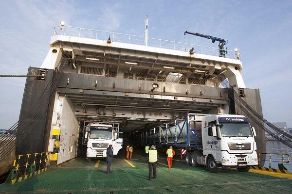 Puerto de Algeciras casi manipula 300.000 unidades en tráfico ro-ro en 2018