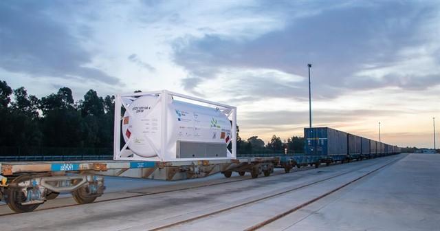 Realizado con éxito la primera prueba piloto en Europa de transporte multimodal de GNL
