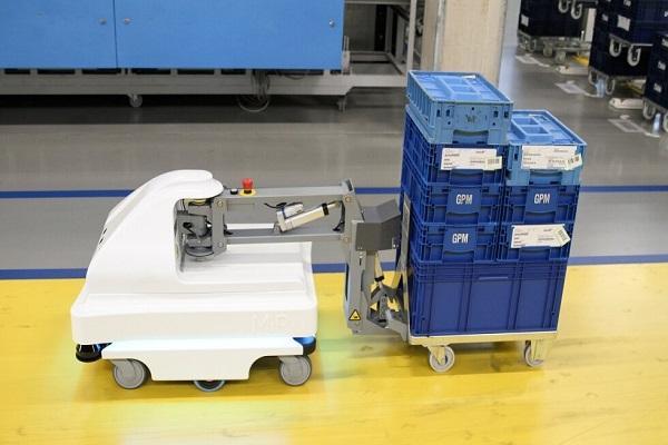 Mobile Industrial Robots mejora la eficiencia de producción con su robot autónomo