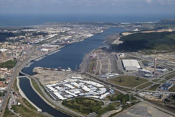 Puerto de Avilés habilitará una zona como depósito en muelle de Raíces