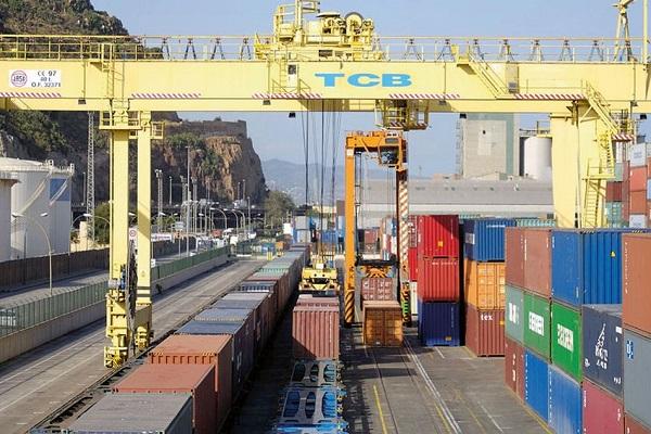 Puerto de Barcelona supera los 67 millones de toneladas en 2018