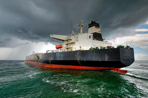 Puertos del Estado se compromete a disminuir las emisiones contaminantes