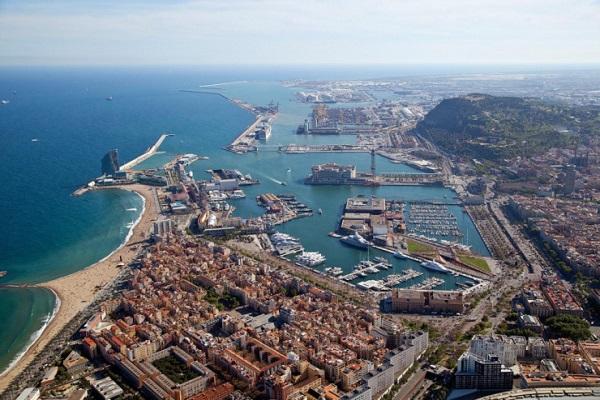 Puerto de Barcelona quiere convertirse en un puerto inteligente