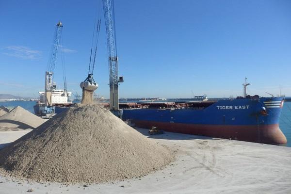 Puerto de Castellón manipula más de 1,5 millones de toneladas en febrero