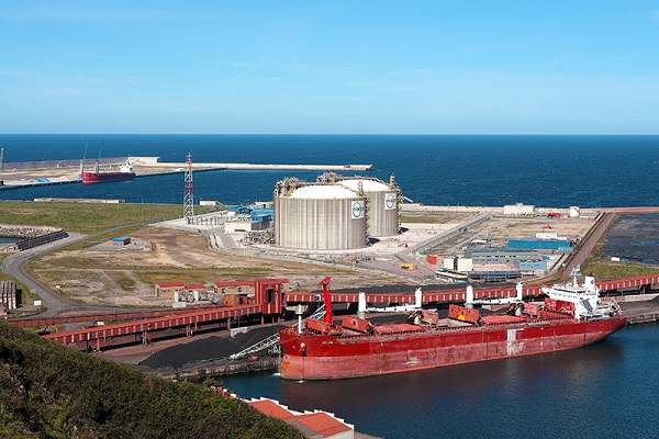 Puerto de Gijón recibe once propuestas para ejecutar obras del Muelle Olano