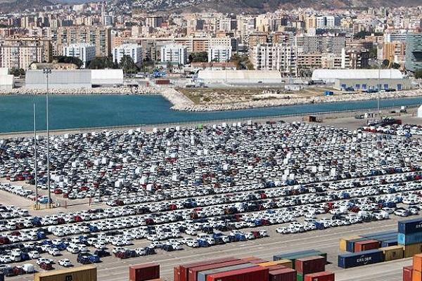 Puerto de Málaga bate récord en tráfico de vehículos en una semana