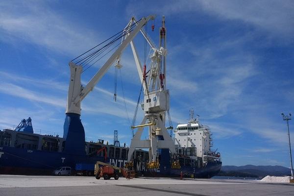 Puerto de Vilagarcía incrementa 5,36% el tráfico de mercancías en febrero