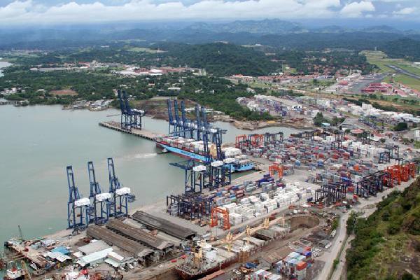 puerto de cristobal panama