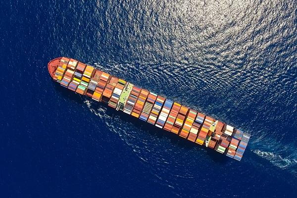 Principales asociaciones de navieras firman acuerdo para fomentar la colaboración entre ellas