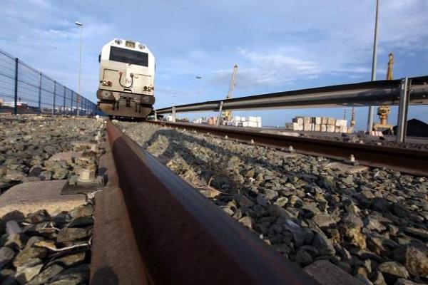 Puerto de Alicante progresa en la implantación de su conexión ferroviaria