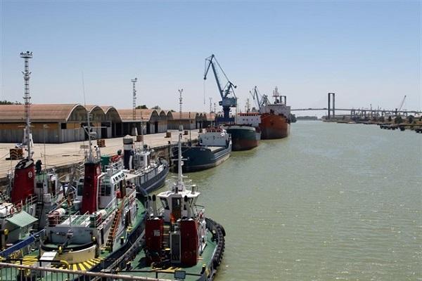 Puerto de Sevilla abre convocatoria para dragado del canal de navegación