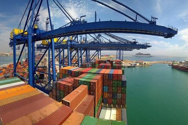 Puerto de Valencia aumenta tráfico de contenedores en primer trimestre