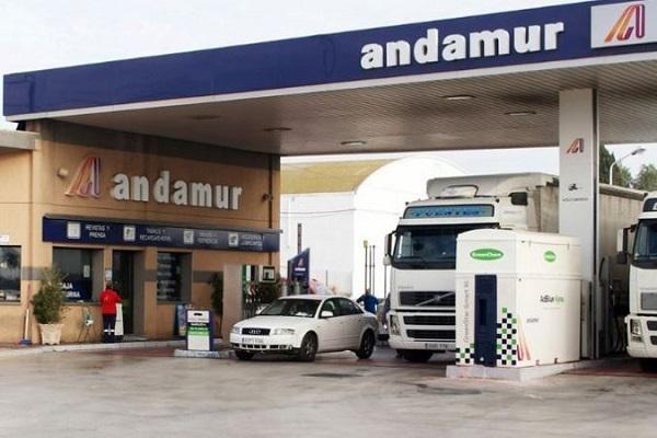 estaciones de servicio Andamur puntos de recarga ultrarrápida Endesa