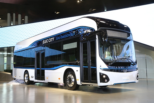 Hyundai autobús eléctrico dos plantas