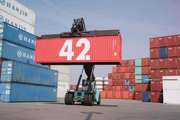 Puerto de Rotterdam pone a flote su primer contenedor inteligente