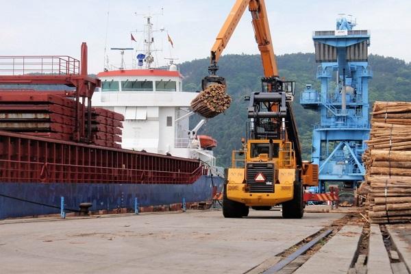 Puerto de Ferrol manipula 5,2 millones de toneladas hasta mayo