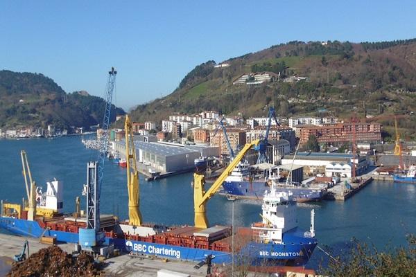 Puerto de Pasajes aumenta un 12,8% el tránsito de mercancías hasta mayo