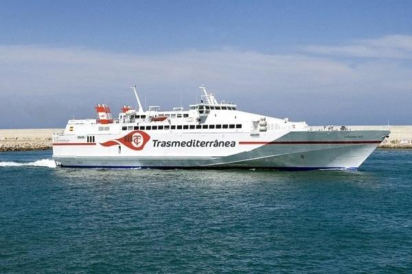 Transmediterránea refuerza su ruta Gandía-Ibiza con el buque Milenium Dos