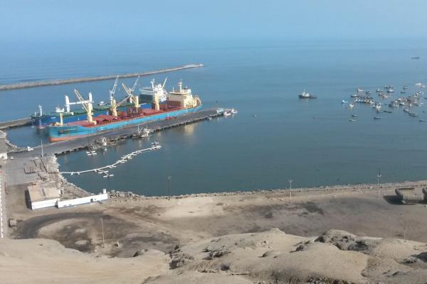 iniciativas peru puertos