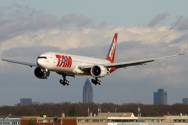 LATAM Brasil España Boeing 777-300ER