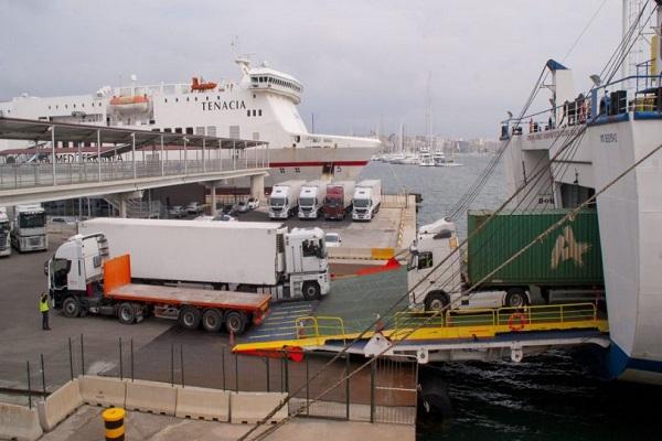 Puerto de Algeciras disminuye 5% tráfico ro-ro de camiones en mayo