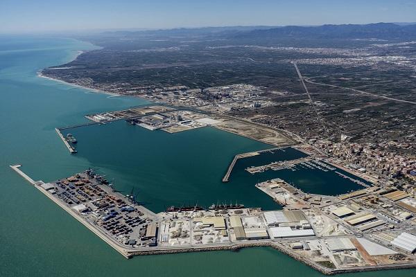 Puerto de Castellón transporta 19 millones de toneladas en junio