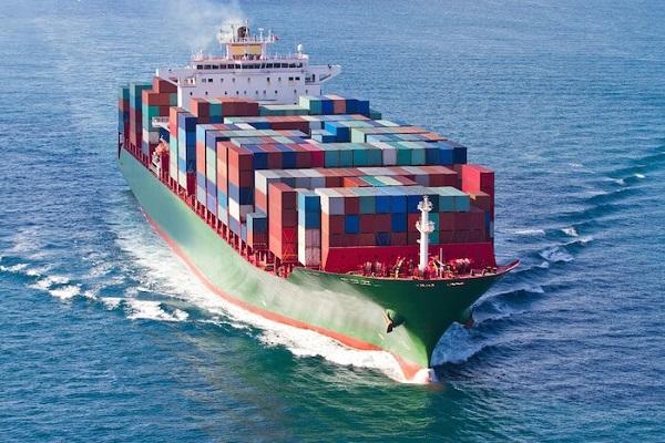 Rutas marítimas entre Asia y Europa aumentan capacidad y disminuyen la demanda