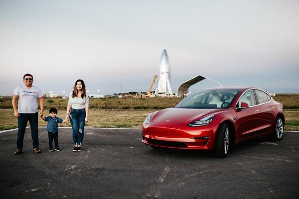 Tesla Model 3 precio
