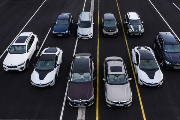 Audi BMW Mercedes-Benz eléctricos