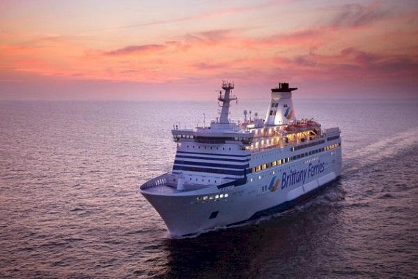 Brittany Ferries contará con el suministro de Repsol en puertos españoles
