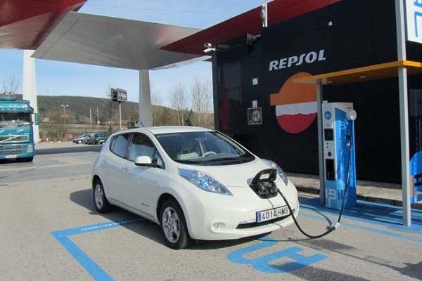 España puntos de recarga coches eléctricos