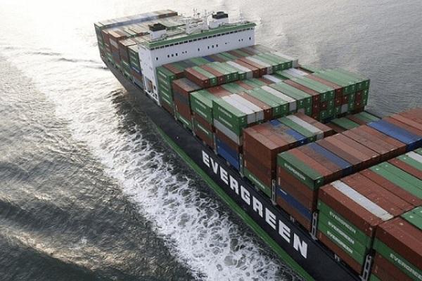Navieras sancionan a clientes por no especificar las cargas