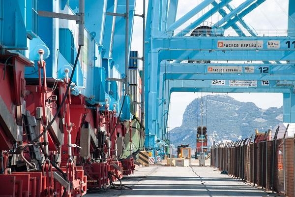 Puerto de Algeciras comienza a aumentar calado del Muelle Juan Carlos primero