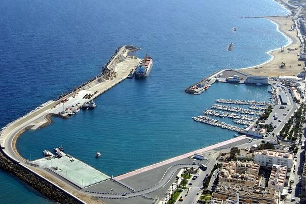 Puerto de Almería renueva el sistema de subasta de pesca en Garrucha