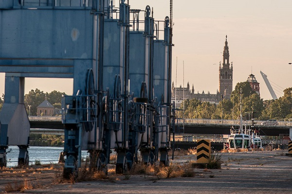 Puerto de Sevilla quiere integrarse en la ciudad con nueva oficina técnica