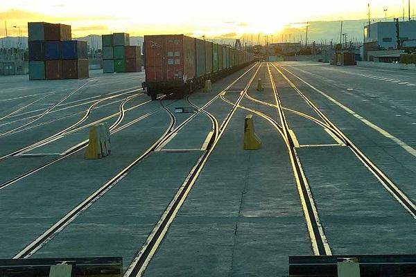 Puerto de Valencia abre convocatoria para modificar terminal ferroviaria en Príncipe Felipe