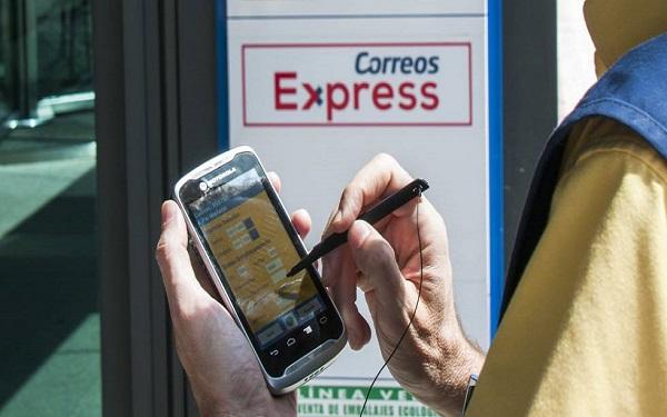 Correos incorpora nuevas tecnologías para optimizar su distribución en Andalucía