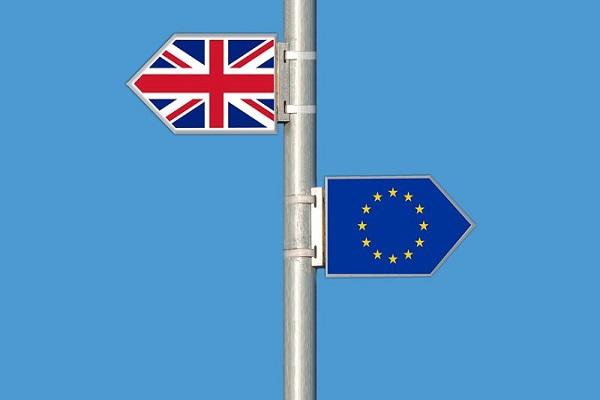Francia prepara un nuevo sistema aduanero inteligente para el Brexit