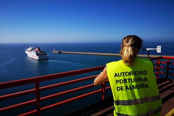 Puerto de Almería aumenta 4,23% tráfico de pasajeros y vehículos en la OPE