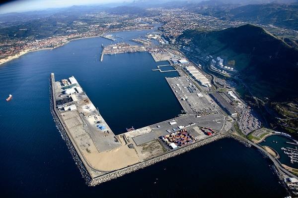 Puerto de Bilbao concede renovación del almacén de graneles sólidos en Muelle AZ-1