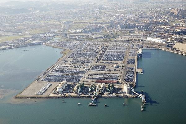 Puerto de Santander adjudica edificación de un silo para almacenaje de vehículos