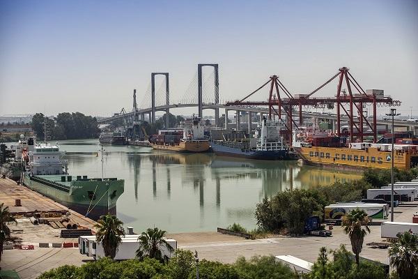 Puerto de Sevilla da pasos para ampliar el muelle de Armamento