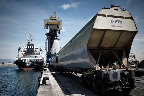 Puerto de Tarragona activa servicio de transporte ferroviario de cereales