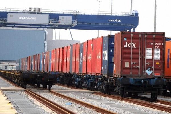Puerto de Valencia obtiene buenos resultados al impulsar el uso del ferrocarril