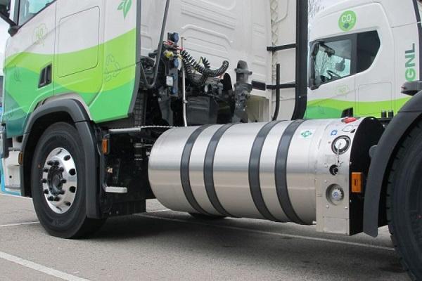 Gasnam analiza ventajas del hidrógeno para utilizarlo en transporte terrestre y marítimo