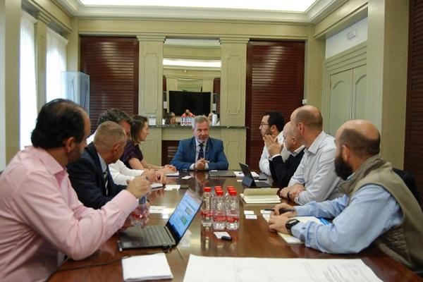 Inditex y Renault planean implantar ruta marítima desde el Puerto de Motril