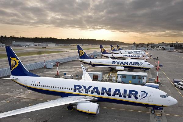 ryanair suspende todos sus vuelos